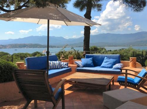 Property villa / house ziggie