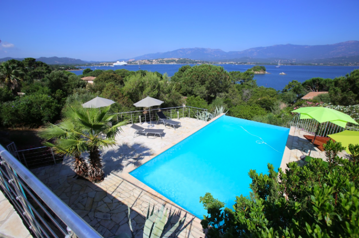 Villa / house TAIFA to rent in Porto-Vecchio