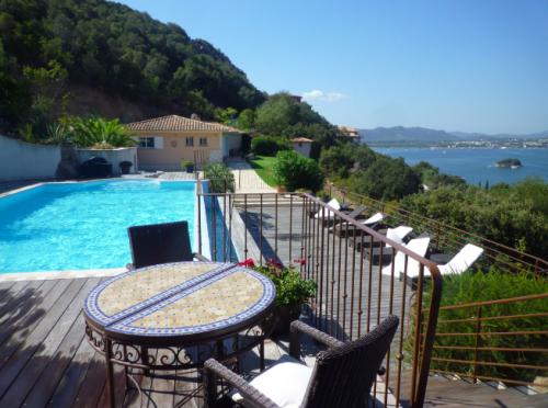 Villa / house LEONIDA to rent in Porto-Vecchio