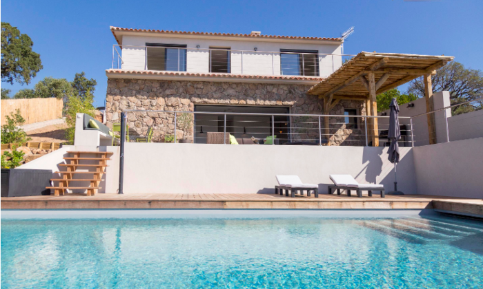 Villa / house REDONA to rent in Porto-Vecchio