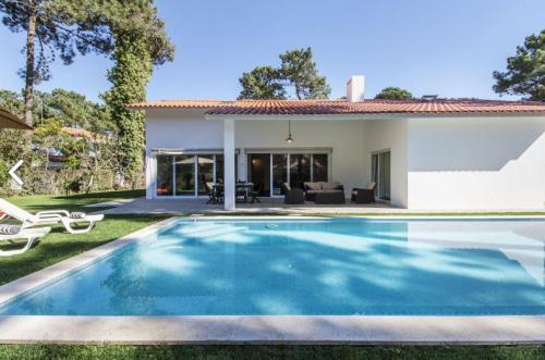 Villa house villa laigna to rent in aroeira
