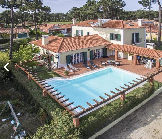 Villa / Maison Gretta à louer à Aroeira