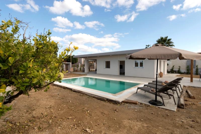 Villa / Maison Aragon à louer à Panormo