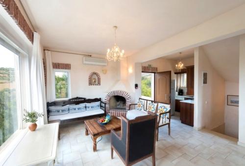 Property villa / house olive verte