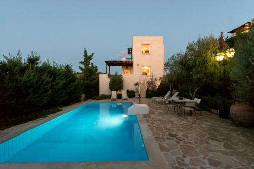 Villa / house Olive verte to rent in Karteros