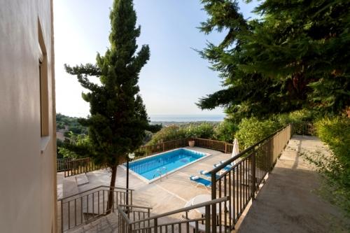 Reserve villa / house asteria