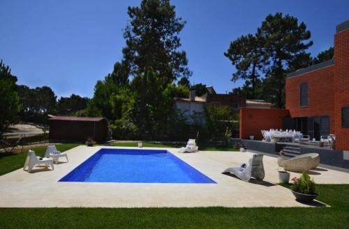 villa in Aroeira , view : Garden