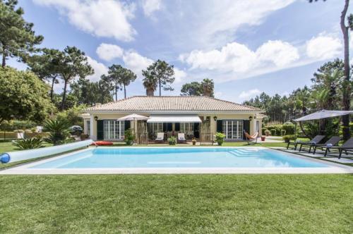 villa in Aroeira , view : Countryside