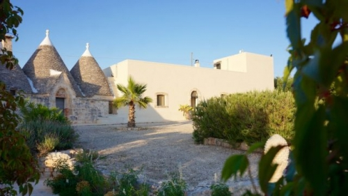 Villa / house Masseria y Trulli to rent in Cisternino