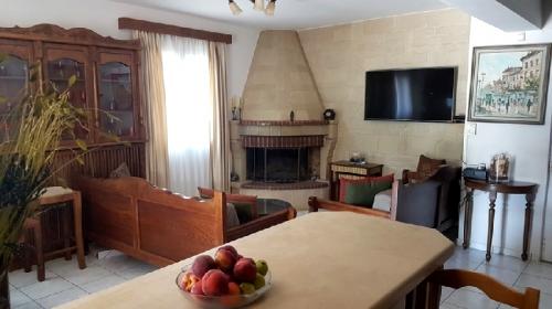 Property villa / house apollo