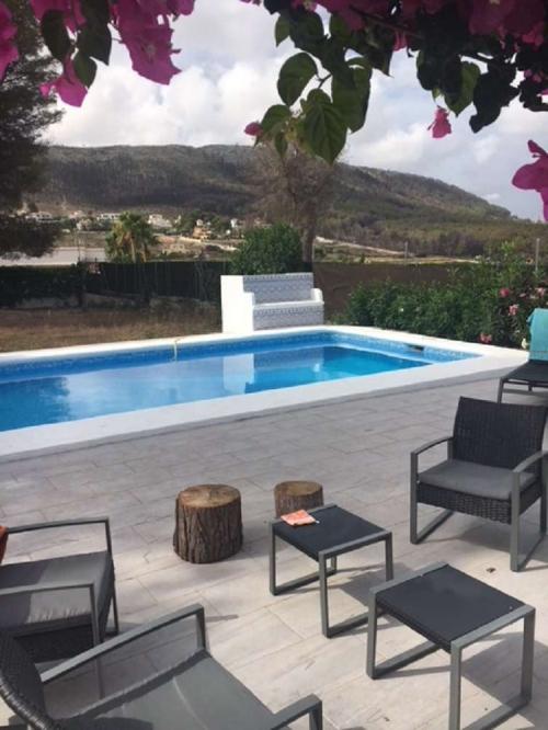 Reserve villa / house dom & géry
