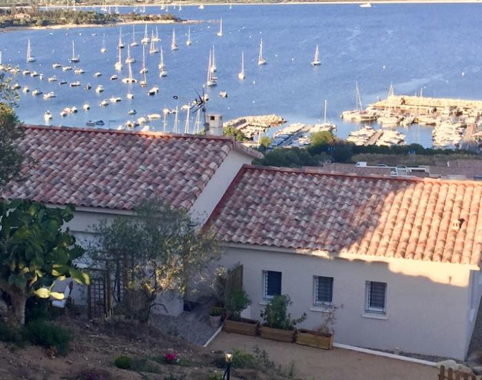 Villa / Maison Le bas à louer à Porto Pollo