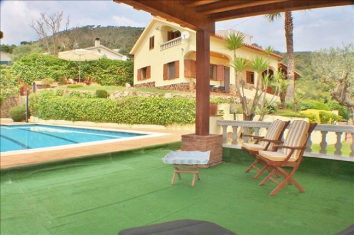 Villa / house Vallalta to rent in  Sant Cebria de Vallalta