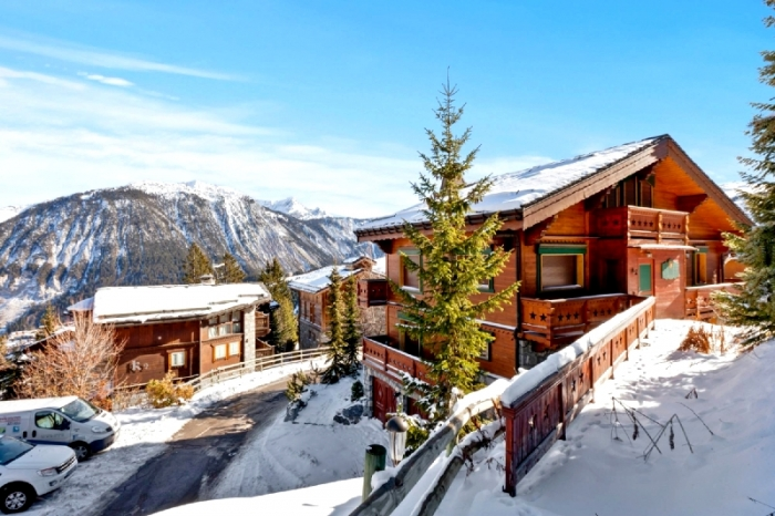 Chalet Epimetheus to rent in Courchevel 1850