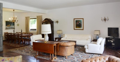 Reserve villa / house ad limina
