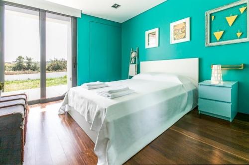 Reserve villa / house azenha