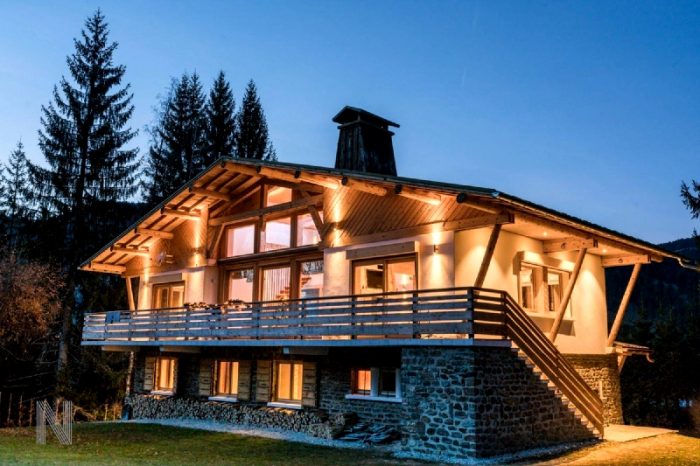Chalet Tarvos to rent in Megève