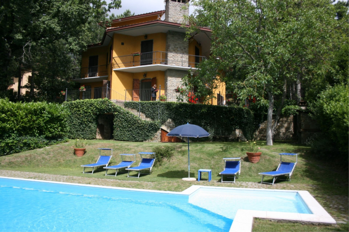 Villa / house Mara to rent in Arezzo