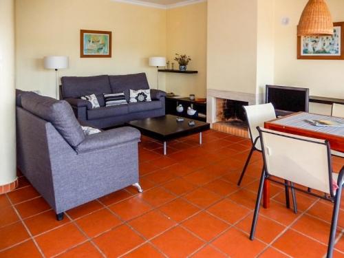 Reserve villa / house amentada