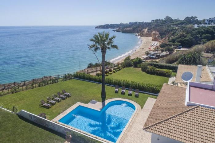 Villa / house  La Chiquita to rent in Albufeira