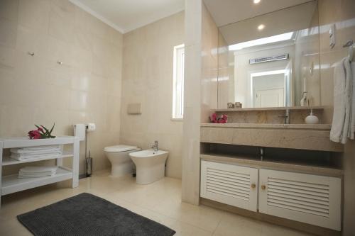 Villa / house feragudette to rent in ferragudo