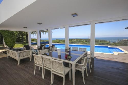Property villa / house feragudette
