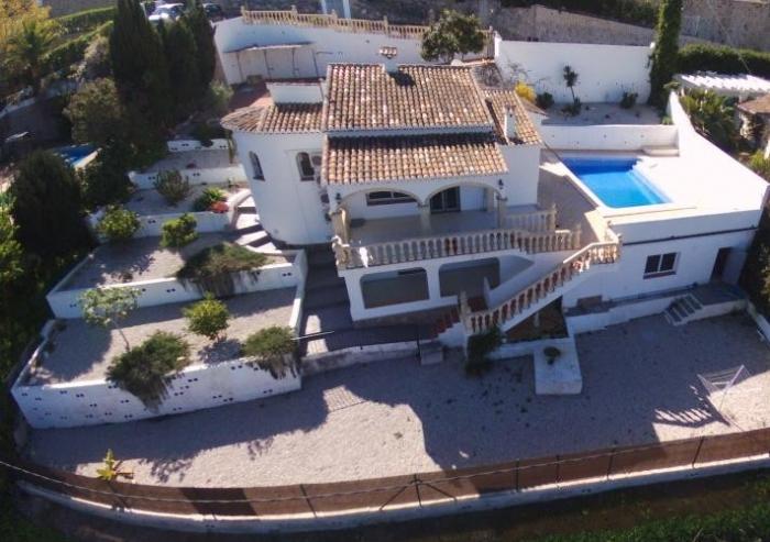 Villa / Maison TRENCALLA à louer à Javea