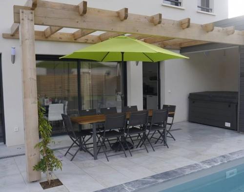 Rental villa / house villa 5