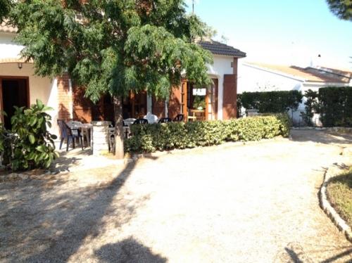 Villa / house carda to rent in ametlla de mar