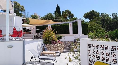Property villa / house villa luz