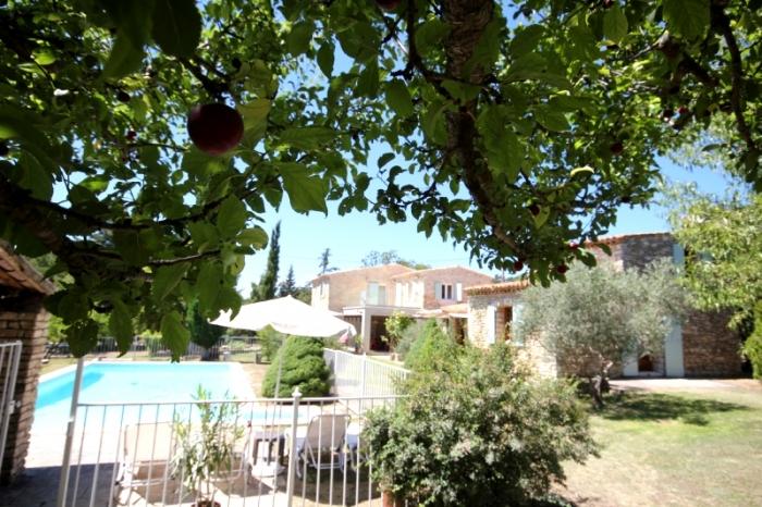 Villa / Maison Mas Provencale à louer à Rustrel