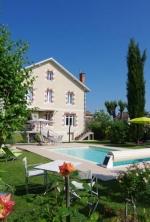 Villa / house VILLA CORISANDE to rent in EYMET