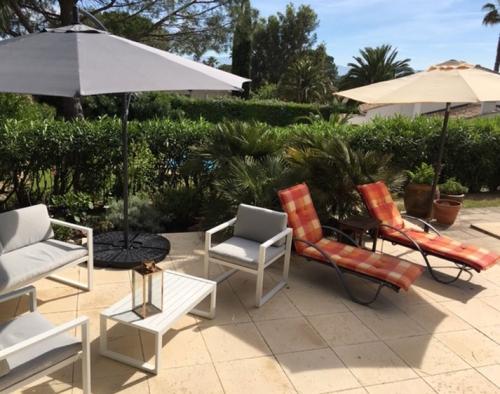Location villa / maison a pied de la plage et golf