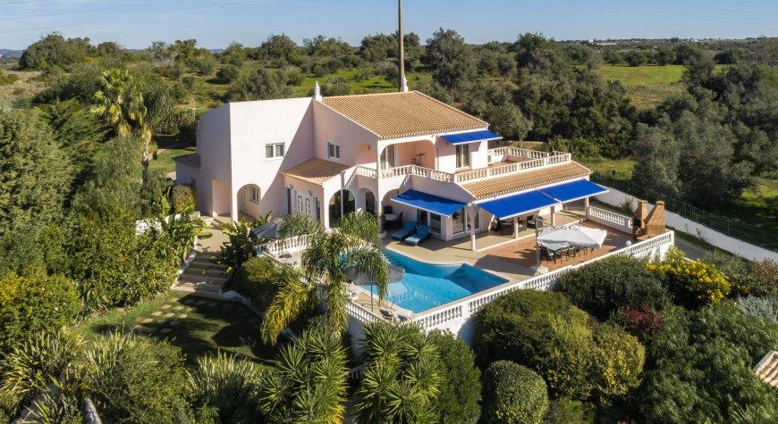 PAA1028 - Villa Belouga