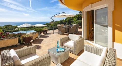 Villa / maison jardin sur la mer à louer à carvoeiro