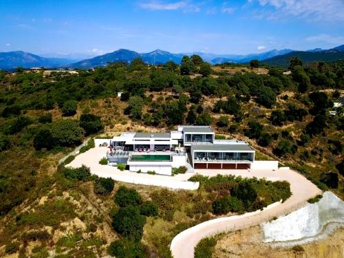 Villa / house prugna to rent in les hameaux de porticcio