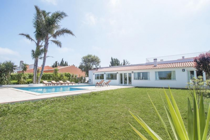 Villa / house Los Caballos to rent in Sesimbra