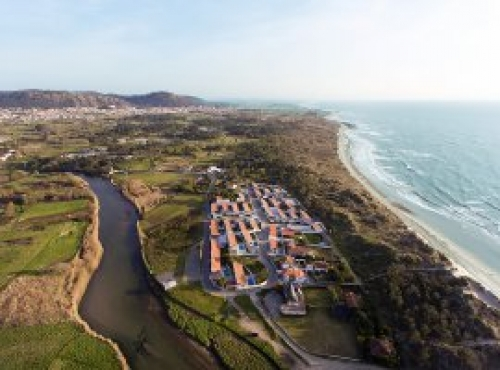 Villa / house esposa to rent in esposende