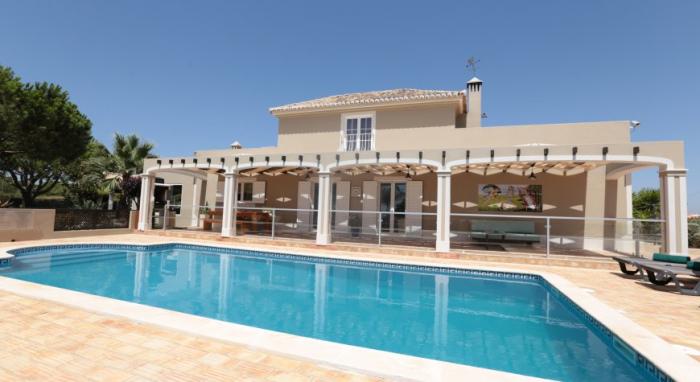 Villa / Haus MANZANA zu vermieten in Caramujeira