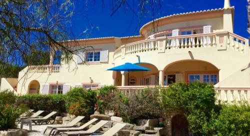 Villa / house filletana to rent in lagos