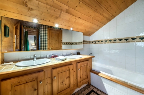 Property chalet gale