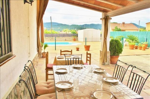 Rental villa / house valltordera