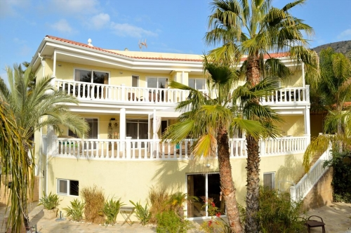 villa / maison albanirora