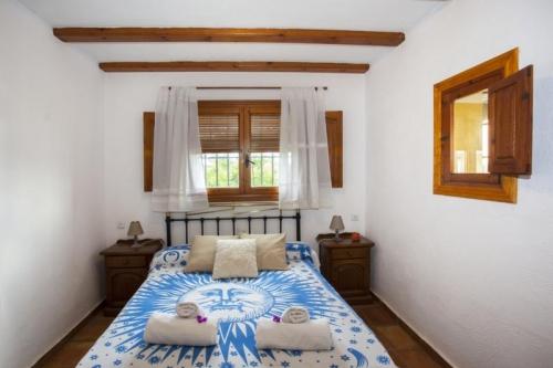 Villa / house mimas to rent in moraira