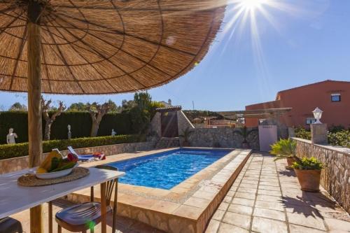 Villa / house barreiro to rent in moraira
