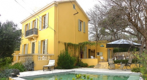 Exceptional property villa catalfina to rent in toulon