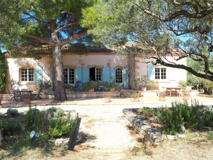 Villa / house La provencale to rent in St Remy de Provence