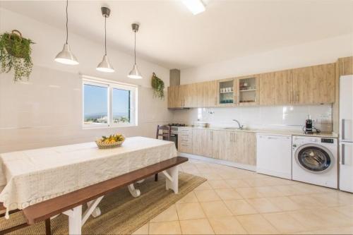 Reserve villa / house silvina