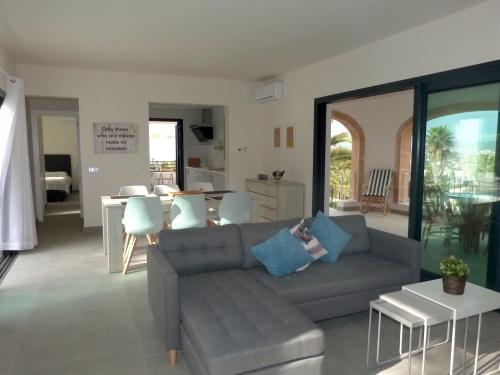 Property villa / house villa anita