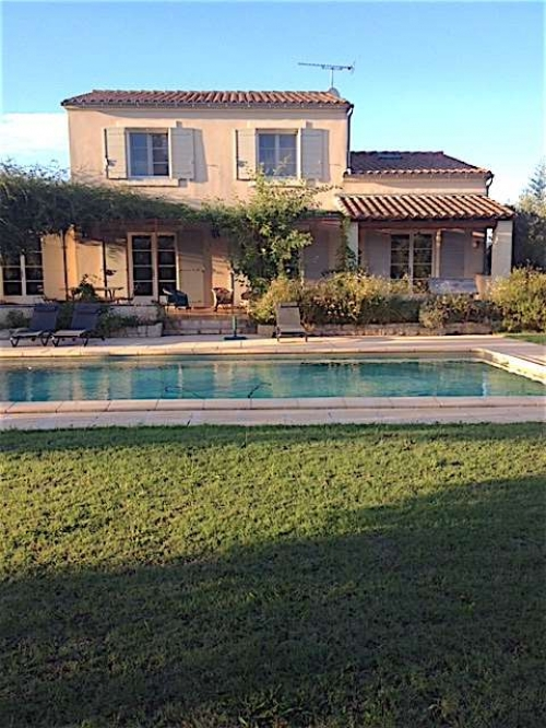 Villa / house les roses to rent in fontvieille